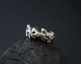Sterling Silver Running Horse Figural Band Ring Size 11