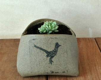 Gray Ceramic planter, Unique Planter Mini Vase, Bird Sgraffito Succulent Planter, Ceramic plant Pot, Housewarming Gift