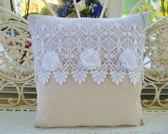 Pillowcase with lace in the shabby style