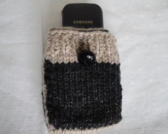 black phone cosy, unisex phone sock, phone case with pocket, buttoned phone cover, small phone cosy, phone protector, black/beige phone case