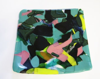 Multicoloured fused  glass plate
