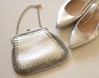Elegant silver clutch  evening  silver bag Theatre handbag Opera bag  Party handbag  bridal handbag purse  silver chain bag  vintage clutch