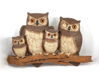LARGE vintage 1976 owl wall hanging by Burwood Products - family, mama, baby owl, owlets, plastic, art, decor, molded, winking, 1970s