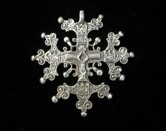 Vintage Ornately detailed  Sterling Silver Cross Pendant