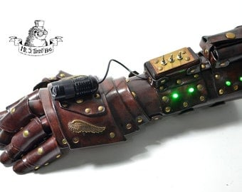 Green energy powered gauntlet (with fingers)