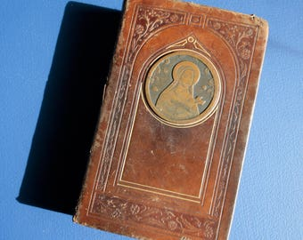 Vintage French religious prayer book Catholic mass Christian Leather Sainte Therese de Lisieux plaque Latin mass