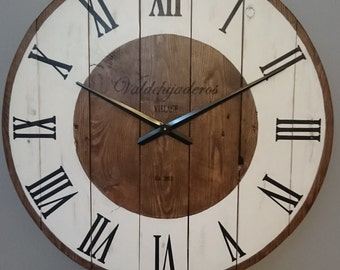 Clock for wall of 80 cm of diameter. REF: 35. Made of wood and hand-painted.