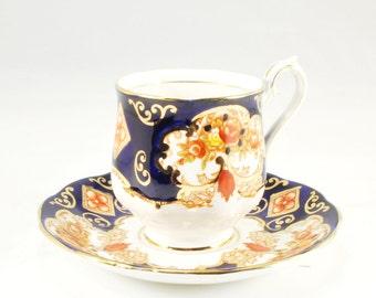 Vintage Royal Albert Heirloom Tea Cup Saucer, kobalt blue, Gold Details & Floral Pattern