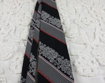 Polyester wide neck tie 1970s 70s red white navy blue diagonal dot stripe abstract funky hipster prom