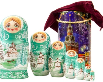 "Russian Nesting Doll - BIG SIZE - 7 dolls in 1 -  ""Winters Tale"" - Green Color - Hand Painted in Russia"