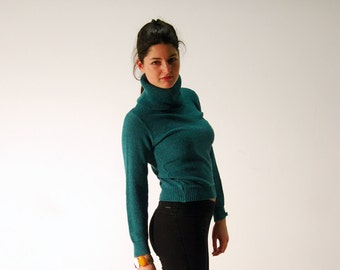 FREE SHIPPING Vintage turquoise turtleneck,  1980s Turtleneck Knit Sweater, warm winter turtleneck