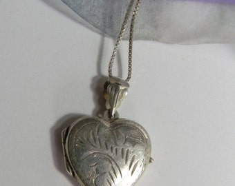 Vintage Etched Sterling Silver Heart Locket - Etched Heart Locket Sterling Silver
