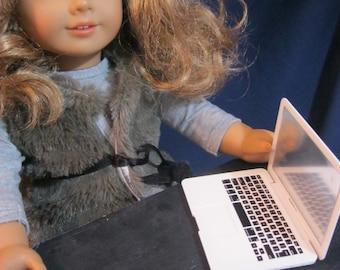 18 inch Doll Laptop Computer.  School accessories, Doll Computer,  18 inch doll accessories / American Girl Doll Accessories school supplies