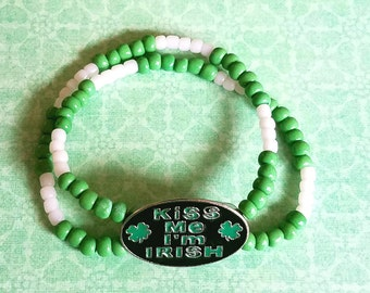 Kiss me I'm Irish bracelet,St. Patricks Bracelet,St Partricks Costume,Party Bracelet,Beaded Bracelet,Stretch Bracelet,Saint Patricks,Jewelry
