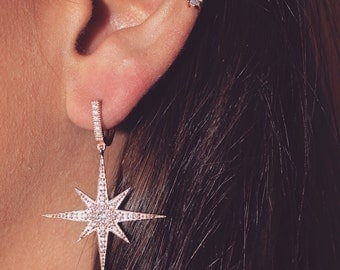Botto Earring | starburst earrings | dangle star earrings | sparkly earrings | glamorous earrings | stars | starburst