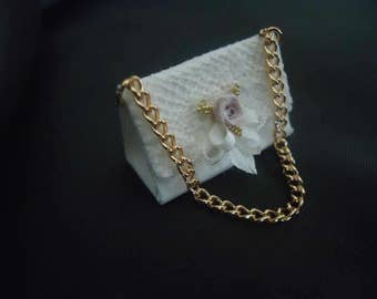 Beautiful purse 1/12th scale.