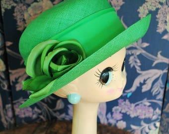 Ceremony in 1980 Green sisal Hat