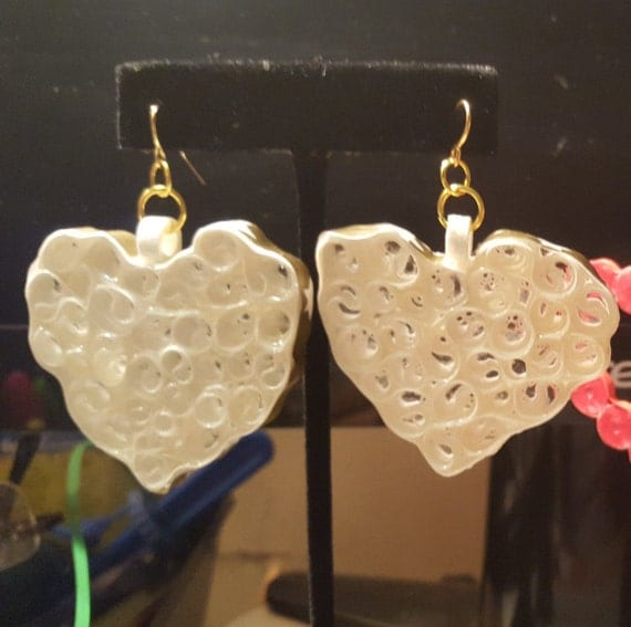 Quilled Glass Heart Earrings
