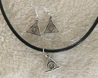 Deathly Hallows Necklace & Earring Set