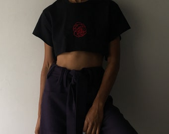 Embroidery Rose Crop Top