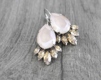 Champagne crystal earrings, Bridal earrings, Bridal jewelry, Wedding earrings, Vintage style earrings, Swarovski crystal earrings, Dangle