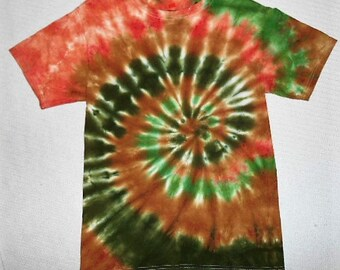 Mens Tie Dye Shirt// Camo T shirt// Small tiedye// Camouflage shirt// earth colors// hippy shirt// cammo tie dye// Ready to ship //   ATS15