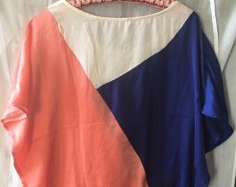Top wide and light white/blue/orange M/L
