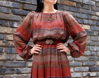 Maroon bohemian dress / Japanese vintage dress / Boho dress / Pleated dress / Red dress / Retro dress / Ethnic Dress / Hippie / Size M