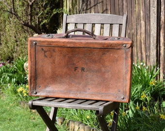 Vintage, Leather Suitcase,Brass Fittings,old suitcase,vintage travel,trunk suitcase,vintage luggage,antique luggage,vintage leather,classic