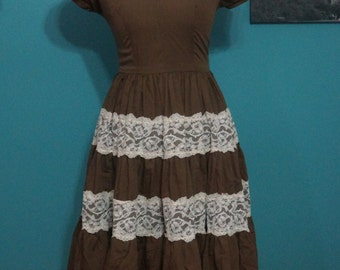 1960's Cap Sleeve Square Dance Dress