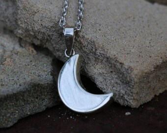 Moon Necklace, Sterling Silver Dainty Pendant, Crescent, Minimalist Necklace, Puffed Jewelry, Silver Pendant, Cable Chain, JP0009