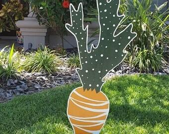 Fun Yard Art Easter Carrot!