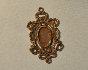 Vintage French Ornate Ribbon Baroque Brass Closed Back Stone or Portrait Setting Die Casting 300J