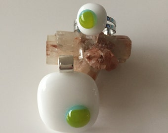 Jewellery set-ring-ring-exclusive-handmade-Spectrum glass glass pendant white with green dot
