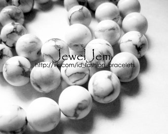 cacholong natural stone, 10mm round beads , 10pieces, White, black streaks, smooth stone for making jewelry