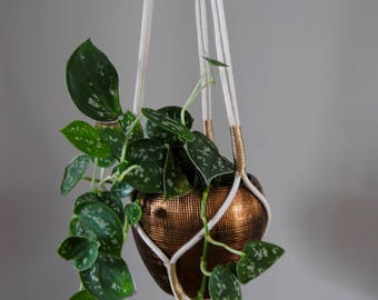 MARYA Macramé Plant Hanger / Hanging Planter