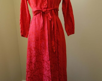 Vintage 1950s Housecoat Red Loungewear Holiday Style Midcentury Robe Vintage 1950s Styled by Dorian