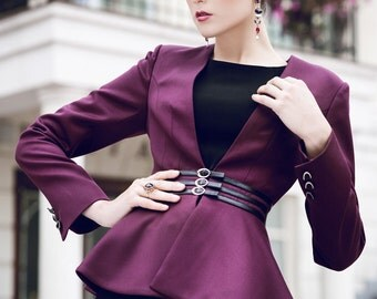 Wool women's business jacket Женский жакет с баской в цвете бордо