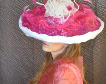 Hat life in pink