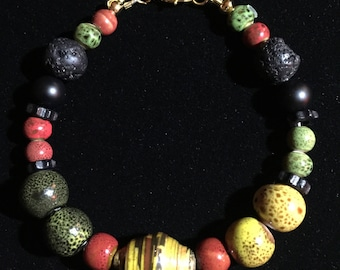 handcrafted unique beaded bracelet