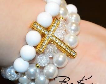 White Bracelet for woman of quartz, agate, Majorca using jewelery accessories.