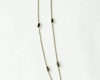 Long necklace Marguerite