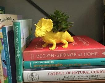 Yellow Dinosaur Plater