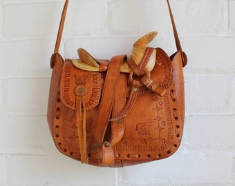 Hand Tooled Leather Saddle Purse / Boho Brown Leather Equestrian Bag / Western Wood Saddle Bag / Southwest Foldover Decorative Satchel