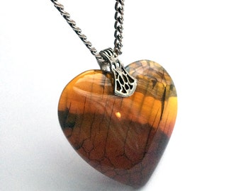 Amber Brown Agate Stone Heart Necklace // Valentines Day Jewelry // Wiccan Jewelry // Crystal Necklace // Geode Necklace // Valentine Gift
