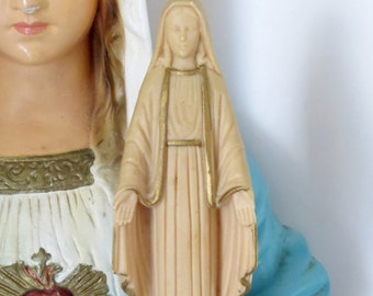 "Vintage VIRGIN MARY 5""  Plastic Home Statue- Protection that you need on a daily basis"