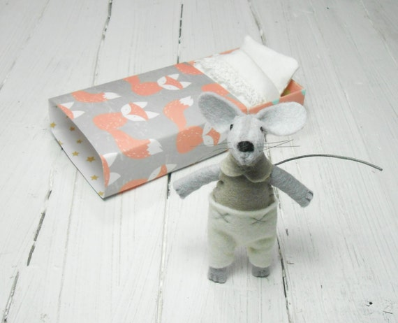 Father's Day Gift for dad taupe white  gift for kids travel miniature toy plush mice little felt mouse in a box matchbox bed fox orange