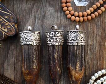 Dragon & Flowers: Handmade Tibetan Mountain Goat Horn Tusk Pendant, 30x115mm, 1 pc / Horn Pendant, Goat Horn Tusk, Magical, Jewelry Supply