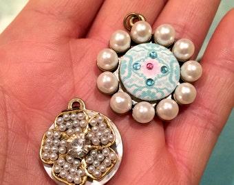 Fancy BUTTON PEARL Floral Pendants, pearl pendant charm, floral button charms