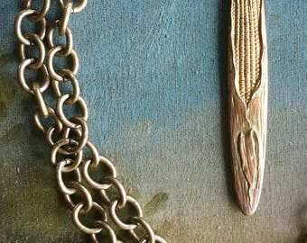 """Is This Corny? A Perfect """"Farmhouse"""" Necklace"""